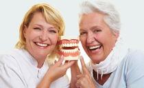 Prothèses dentaires réduites et gratuites pour les retraités, les vétérans du travail et les handicapés en 2019
