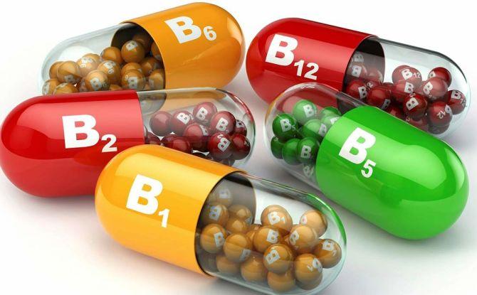Complexes vitamines-minéraux pour adultes et enfants pour renforcer les dents et les gencives