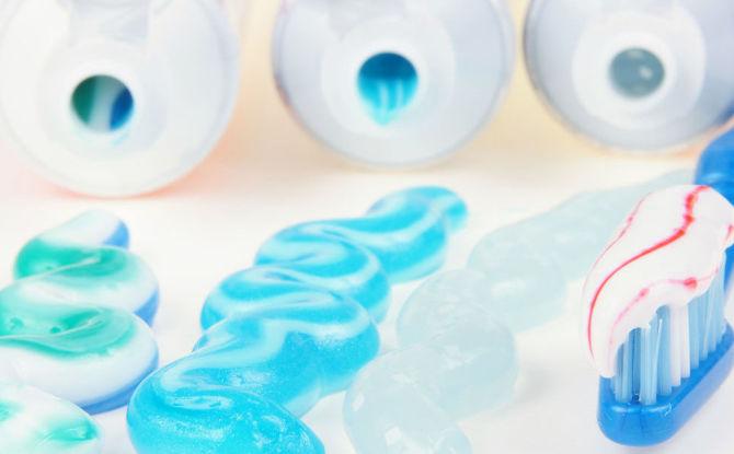 Évaluation des meilleurs dentifrices pour les dents sensibles